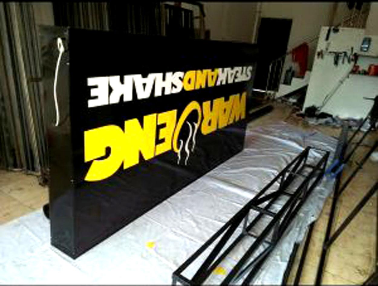 NEON BOX WARUNG